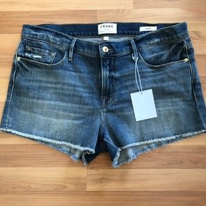 Frame Le Cutoff Shorts Deer Valley